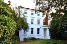 Flat to rent in Vanbrugh Terrace...