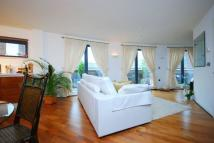 2 bedroom Flat to rent in Axis Court, Greenwich...