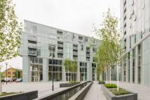 2 bed Flat to rent in Atrium Heights, Deptford...