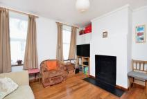 1 bedroom Flat in Waters Road, Catford, SE6