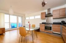 Flat to rent in Tarves Way, Greenwich...