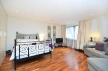 Studio apartment in Lansdowne Lane, Charlton...
