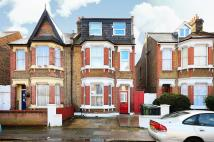 Studio flat in Davenport Road, Catford...