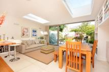 3 bedroom property to rent in Chalcroft Road...