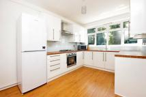 Maisonette to rent in Old Dover Road...