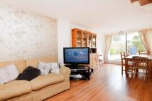 3 bed house in Combe Avenue, Blackheath...