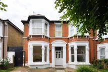 3 bed Flat for sale in Wellmeadow Road...
