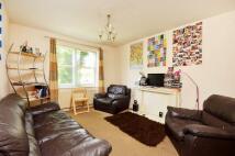 2 bedroom Flat to rent in Lee Park, Blackheath, SE3