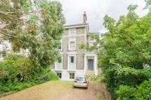 Flat to rent in Vanbrugh Terrace...