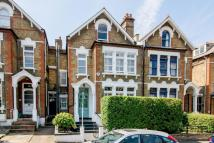 5 bed home in Halesworth Road...
