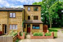 Hurren Close property to rent