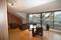 Apartment to rent in Arnold Road, Bow, London