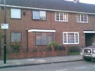 4 bed Terraced house to rent in Lindley Street...