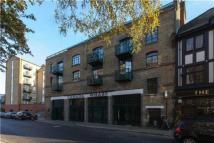 2 bedroom Flat to rent in Rotherhithe Street...