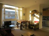 2 bed Flat in Dryden Court, Kennington...