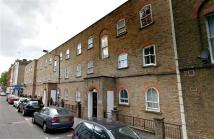 Flat to rent in Cavell Street...