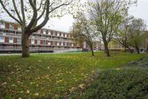 Solebay Street Maisonette to rent