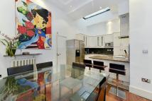 Flat to rent in Bolsover Street...