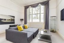 Flat in Cleveland Square, London...
