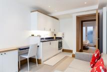 Flat to rent in Willoughby Street...