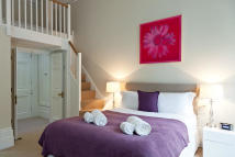 1 bed Flat in Gloucester Place, London...