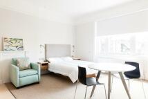 Studio apartment in Gloucester Place, London...