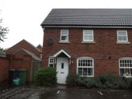 2 bedroom semi detached house to rent in Mortimer Village