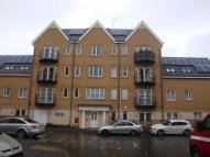 Apartment to rent in Varcoe Gardens, Hayes...