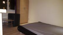 Studio flat in Elton Avenue, Wembley...