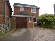 3 bed Detached house in Sycamore Avenue...