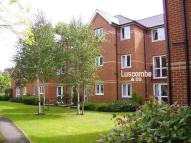 1 bed Flat to rent in Monmouth Court...