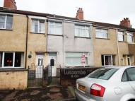property to rent in Glyn Gaer Road...