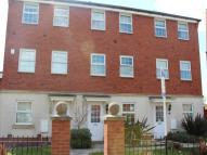 4 bed property in Powis close, ,