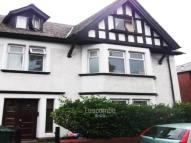 Flat to rent in Cardiff Road, Newport,