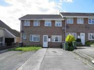 2 bedroom house to rent in Hawthorn Court...