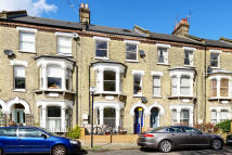 Ground Flat for sale in Tabley Road, London, N7