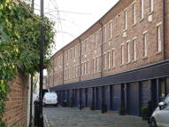 3 bed Terraced property to rent in St. Pauls Mews, London...