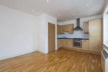 Apartment to rent in Kings Terrace, London...