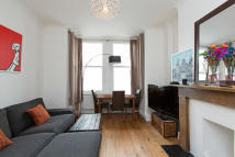 1 bed Apartment in Holmes Road, London, NW5