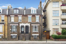 3 bed Apartment for sale in Gordon House Road...