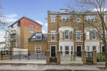 6 bedroom End of Terrace house in Busby Place, London, NW5