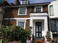 Brecknock Road Apartment to rent