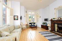 Maisonette for sale in Rudall Crescent, London...