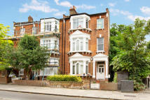 Ground Flat for sale in Savernake Road, London...