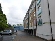 2 bedroom Apartment in Highbury Drive