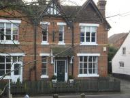 Town House to rent in High Street, East Malling