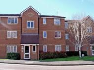 Ground Flat to rent in Brindley Close, Perivale...