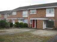 Rowood Drive Ground Maisonette to rent