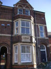 Flat to rent in Aylestone Road...