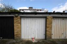 Garage in Carlton Drive, Putney to rent